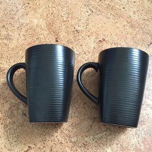 Oneida Brown Tall Ceramic Mugs Blue glaze inside